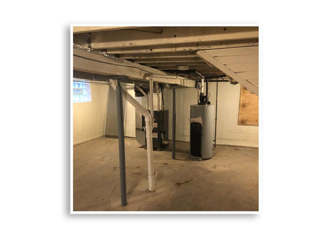 01G_242 Electric Basement