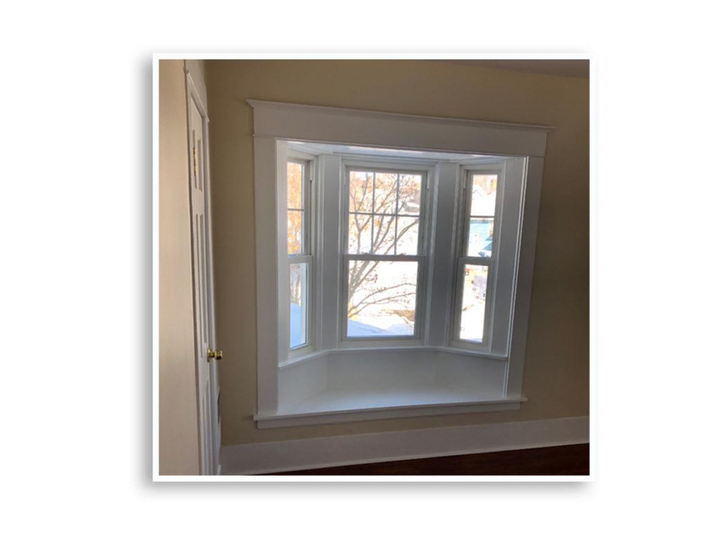 01G_307 Ellicott Bedroom window nook_Display Pages