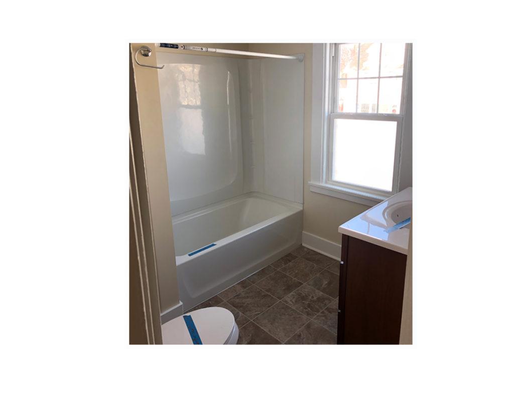 01H_307 Ellicott bathroom_Display Pages