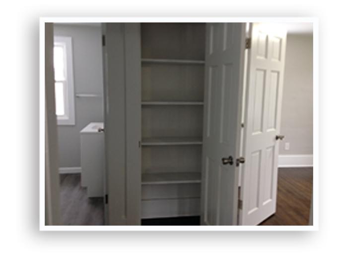 18_134 Virgina__Linen closet_Display Page