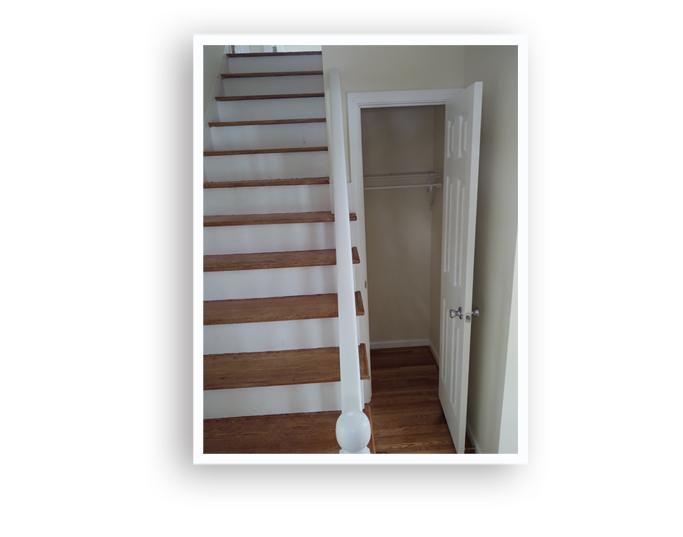 02_866 Goodman_Stairs_Display Page