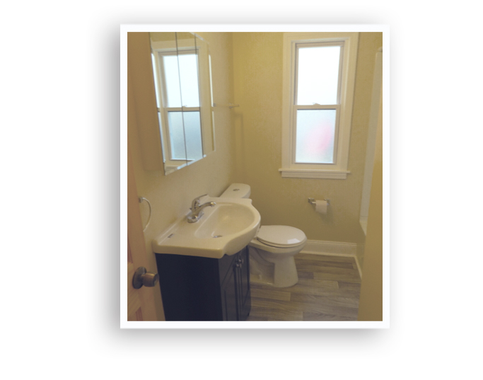 04_224 Forgham_Bathroom_Display