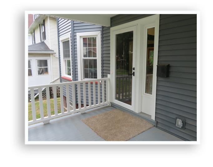 01k_156 Augustine_fron porch Display-Page copy