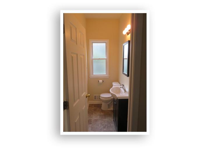 51 Ferndale_Bathroom