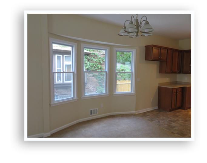51 Ferndale_Living room bay window