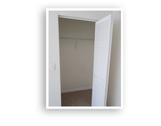 G_84 Melville_Closet